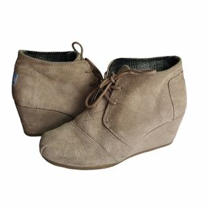 - Toms Tan Suede Wedge Desert Ankle Boots